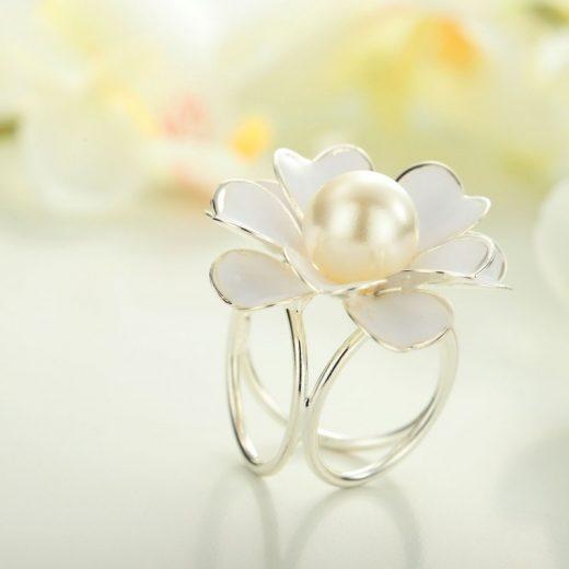 Prsteň na šatku – Biela perla - strieborný