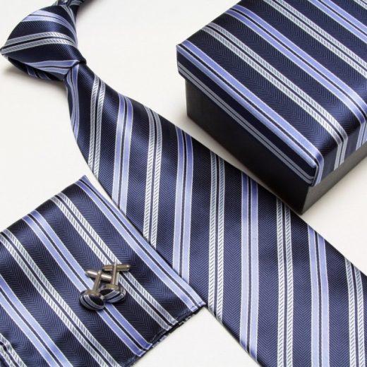 Luxusný kravatový set s pásikavým modrým motívom