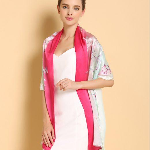 Vkusný a moderný dámsky hodvábny šál v ružovo - zelenej farbe