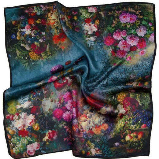 Elegantná malá šatka zo 100% hodvábu s motívom kvetov