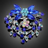 Strieborná brošňa v tvare modrej kvetiny
